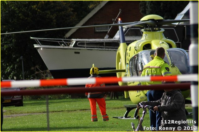 051_Bromfietsbestuurder ernstig gewond Buinerweg 18-10-13-BorderMaker