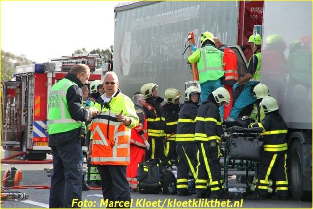 ongeval a58 136,0 kruiningen 22-10-2013 022-BorderMaker