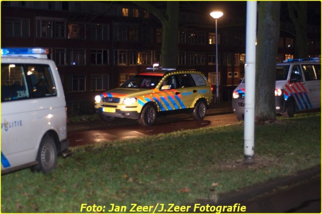 2013-12-07 Aanrijding met letsel Schiedamsedijk, Rotterdam 016-BorderMaker