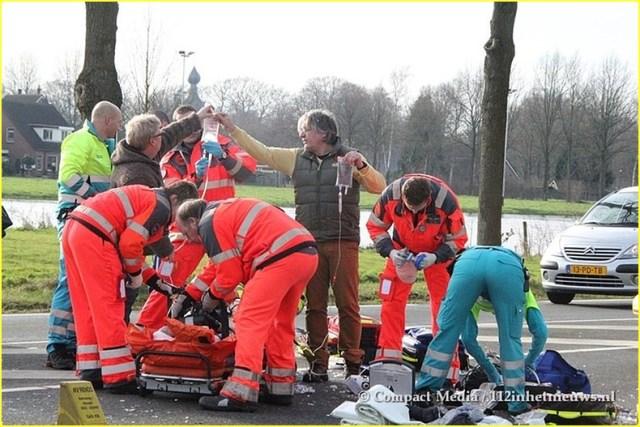 112 Vrouw ernstig gewond N855 Dwingeloo 5-BorderMaker