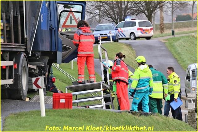 ongeval s'-heerenhoeksedijk overzande 13-2-2013 082-BorderMaker