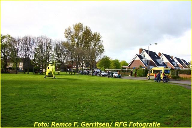 14-04-14 Prio 1 Assistentie Ambulance (Lifeliner) - Zonnedauw (Reeuwijk) (Canon) (19)-BorderMaker