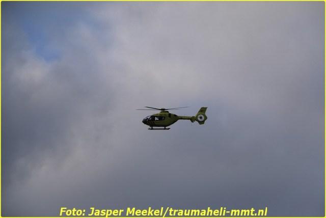 2014 0619 Traumaheli Inzet Ijweg te Hoofddorp 010 (1)-BorderMaker