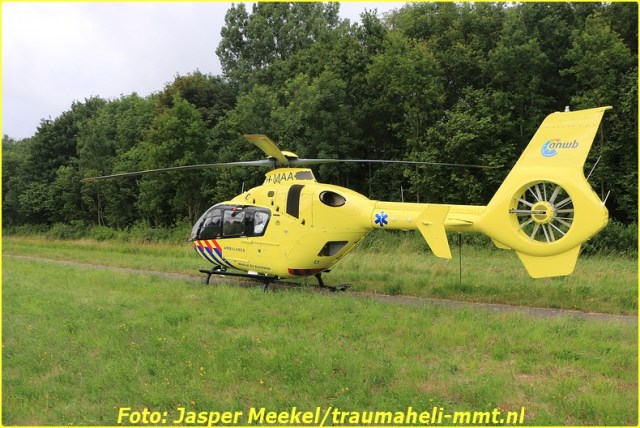 2014 0619 Traumaheli Inzet Ijweg te Hoofddorp 010 (8)-BorderMaker