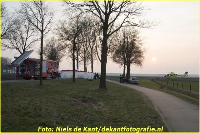 2015 03 16 Dode ongeval Exloo-1 (2)-BorderMaker
