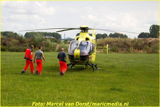 07182015_wielrenster_gewond_Terheijden_0815-BorderMaker