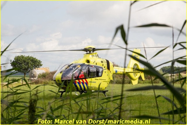 07182015_wielrenster_gewond_Terheijden_0817-BorderMaker