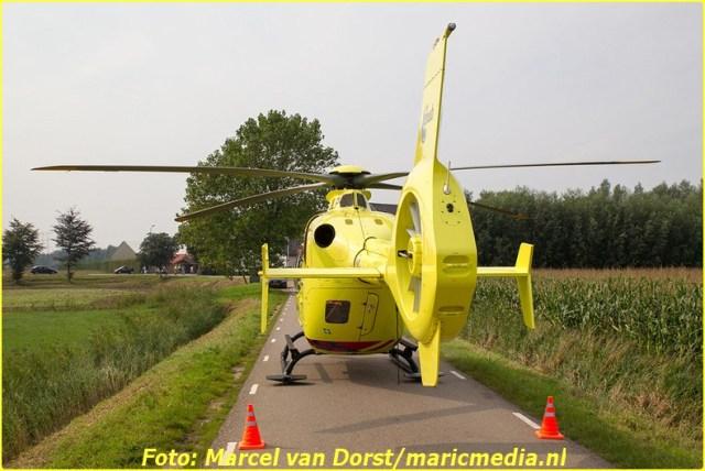 08302015_flyboarder_gewond_Oosterhoutseweg_Raamsdonksveer_1817-BorderMaker