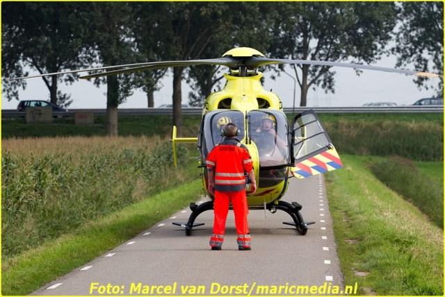 08302015_flyboarder_gewond_Oosterhoutseweg_Raamsdonksveer_1819-BorderMaker
