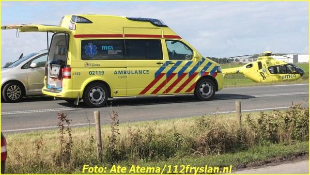 2015-09-19 Foto's van verkeersongeval Ljouwerterdyk Hallum (12)-BorderMaker