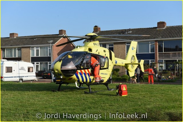 Traumahelikopter De Sluis Leek-7-BorderMaker