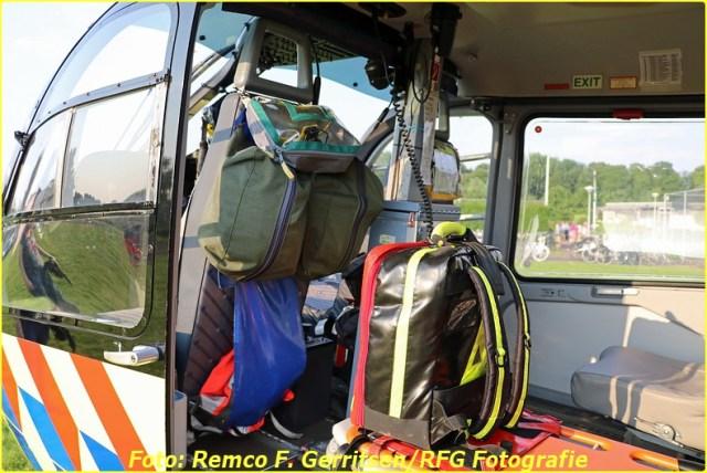 16-06-04 A1 Reanimatie (Lifeliner) - Provincialeweg West (Haastrecht) (14)-BorderMaker