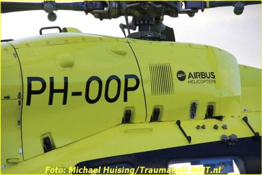 29-10-2016-ph-oop-waddenheli-op-oostwold-airport-36-bordermaker