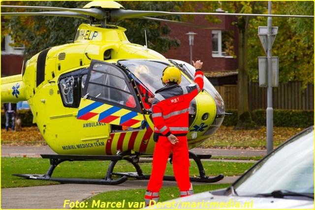 11052016_traumahelikopter_reanimatie_terheijden_7375-bordermaker