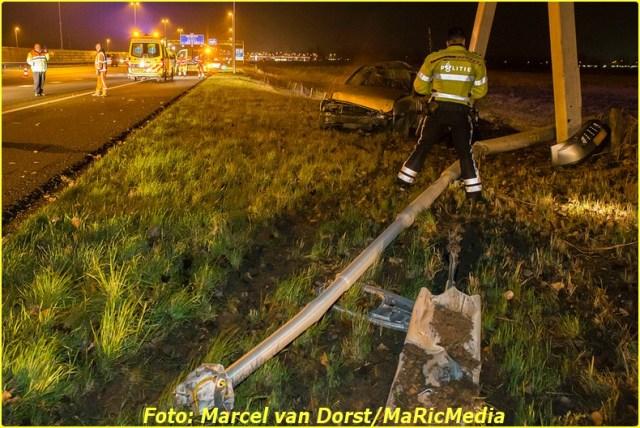 12202016_ongeval_a16_zevenbergschen_hoek_8693-bordermaker