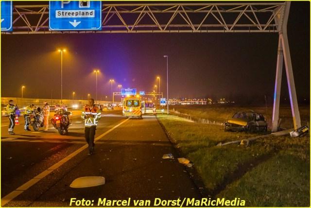 12202016_ongeval_a16_zevenbergschen_hoek_8699-bordermaker