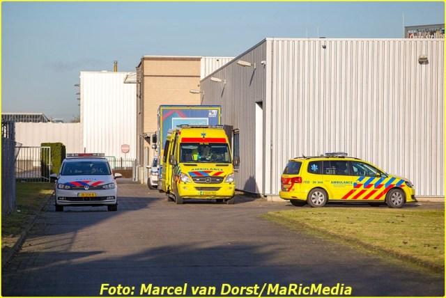 01052017_bedrijfsongeval_ramgatseweg_raamsdonksveer_8997-bordermaker
