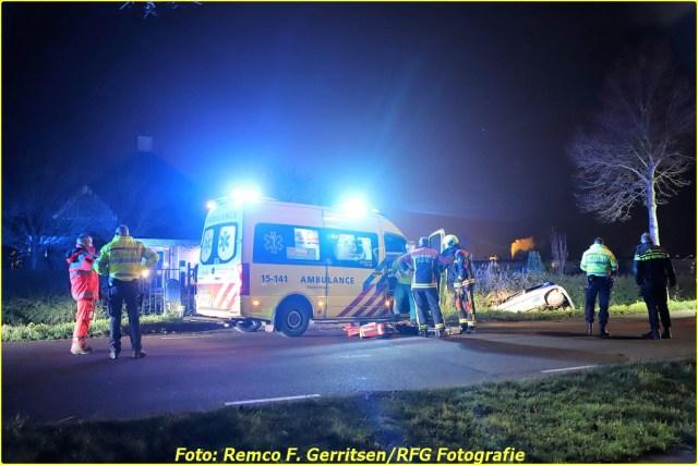 20-12-06 Prio 1 Voertuig te water - Bredeweg (Moerkapelle) (3)-BorderMaker