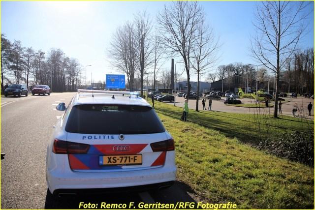 21-02-28 Prio 1 Verkeersongeval - Lekdijk-West (Schoonhoven) (13)-BorderMaker