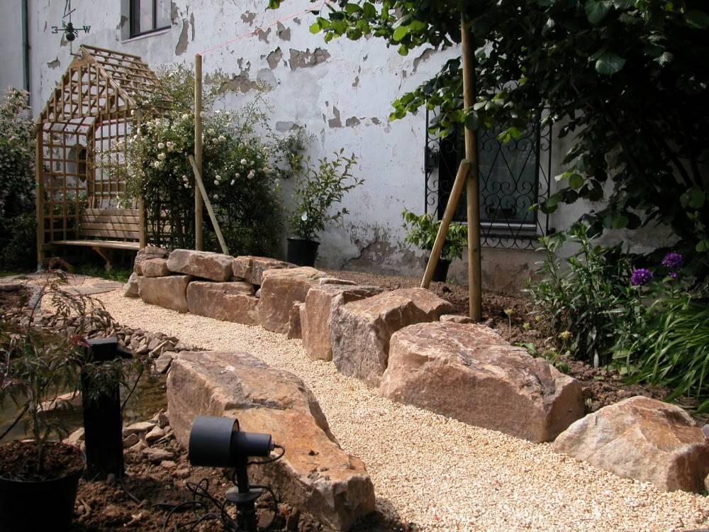 Findlinge Garten