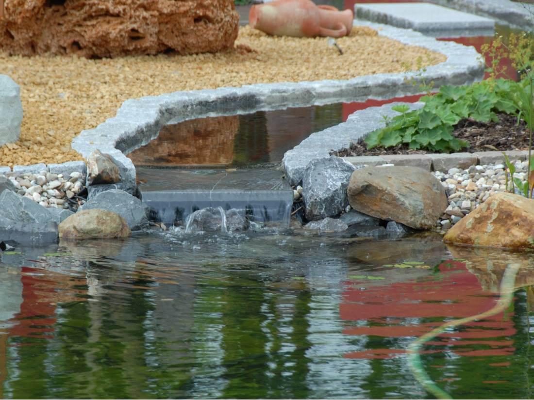 Wasserfall Galabau Mähler Bachlauf Garten