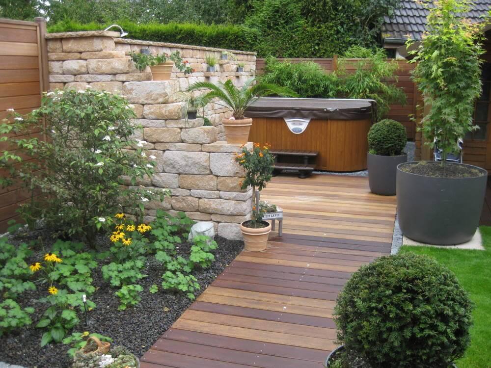 Garten mediterraner Stil
