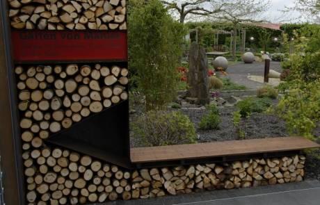 Holzlager aus Cortenstahl mit LED Beleuchtung