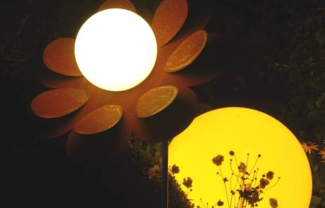 Moonlight Blume aus Cortenstahl