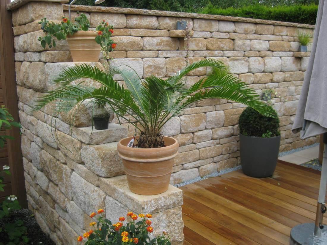 Santuro Mauer   Galabau Mähler   Betonmauer   Gartenmauer