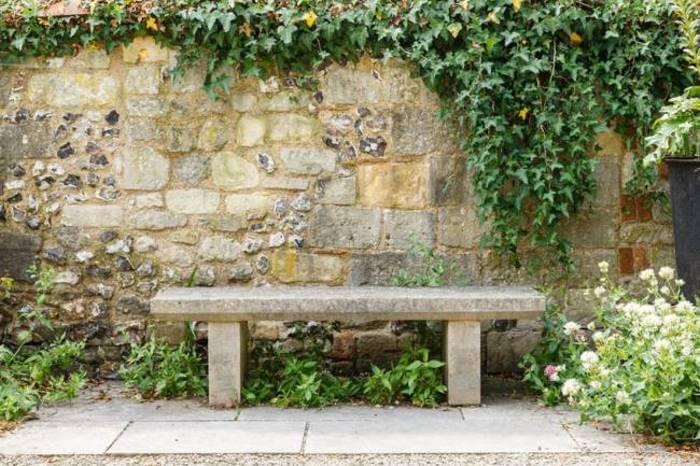 sitzplatz im garten galabau m hler traumgarten. Black Bedroom Furniture Sets. Home Design Ideas