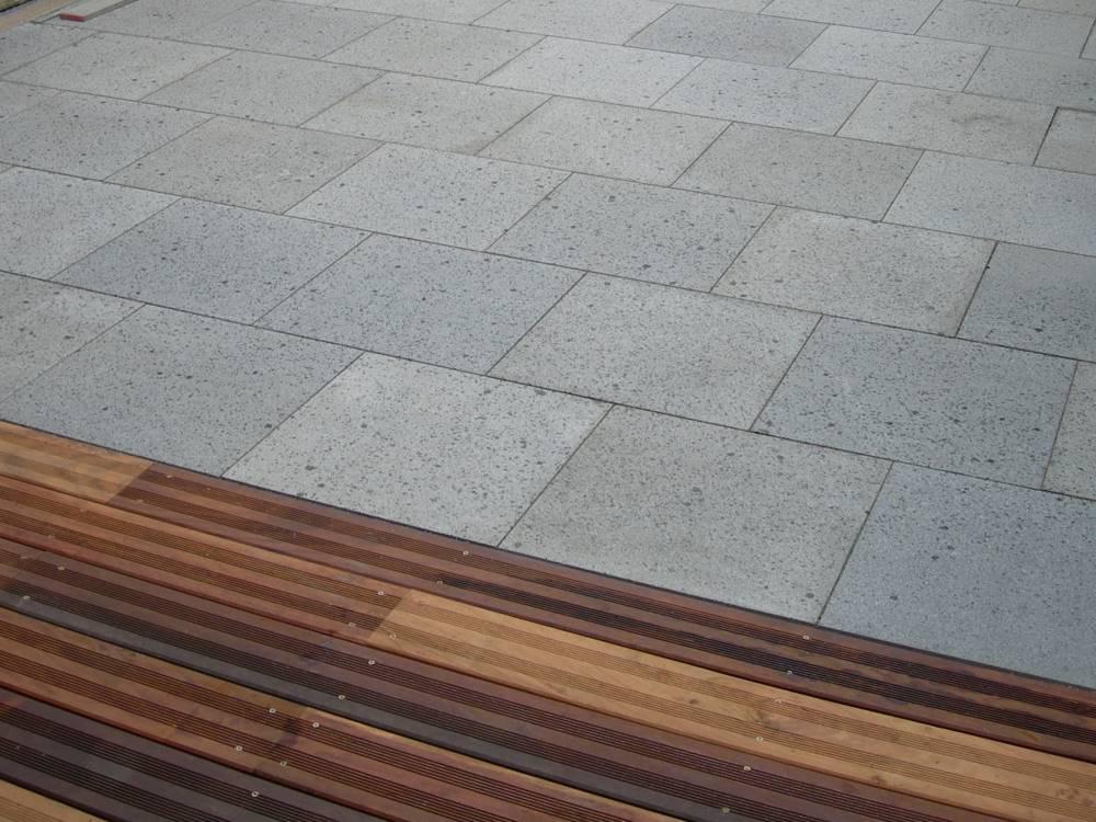 Terrasse aus natursteinplatten traumgarten - Natursteinplatten terrasse ...