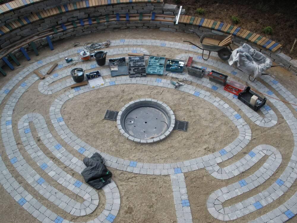 Das Labyrinth mit künftigem Wasserspiel