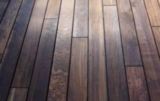 Holzterrasse aus Stauseeholz