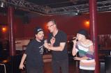 Royce, Speerträger und Frau Fenster beim Karaoke