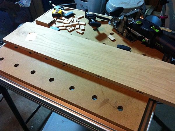 Travailler le bois table chêne Festool Domino MFT