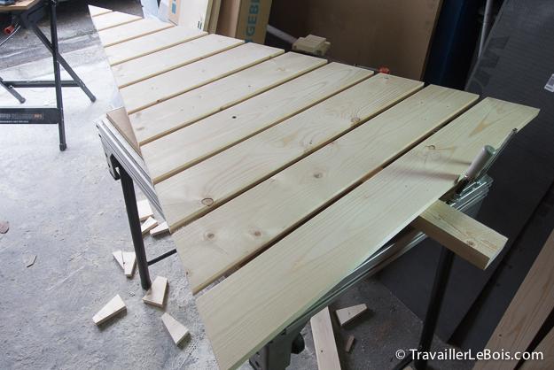 un sapin de no l en bois r alis en moins de 2h. Black Bedroom Furniture Sets. Home Design Ideas