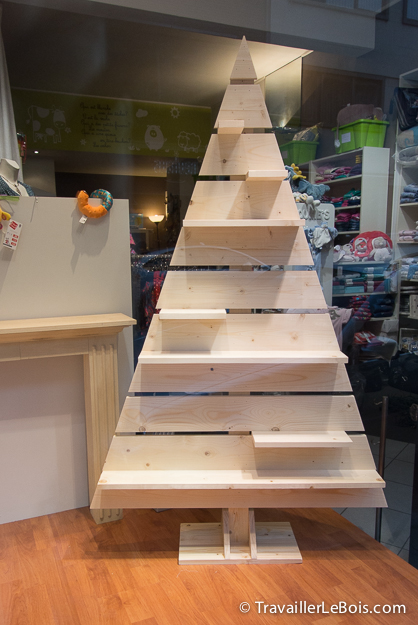 Sapin de Noël original en bois