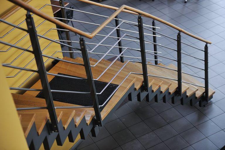 prix d un escalier pas cher travaux com
