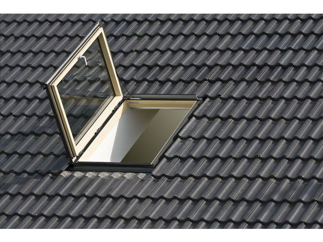 la pose d une fenetre de toit velux