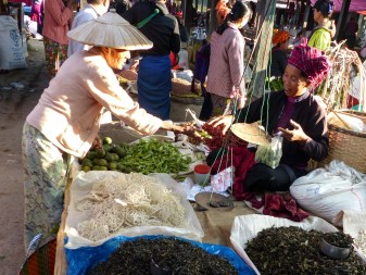 Trading on Nanpan market in the south of Inle Lake