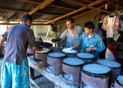 Preparation of spring roll paper in Mawlamyine