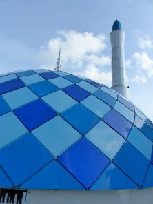 Makassar - mosque at harbor promenade Christian Jansen & Maria Düerkop