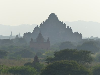 Silhouettes of Bagan Temples Christian Jansen & Maria Düerkop