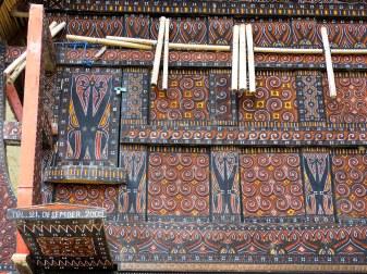 Tana Toraja - wooden ornaments on traditional house Christian Jansen & Maria Düerkop