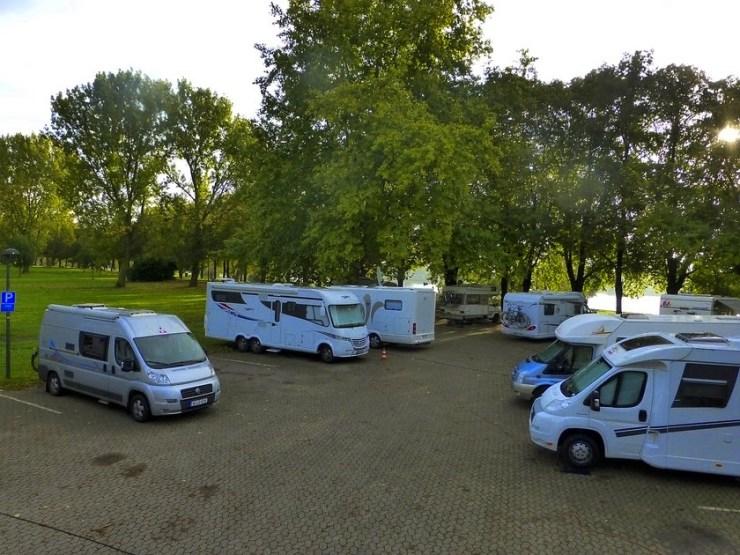 Am Rhein Entlang Mit Dem Wohnmobil