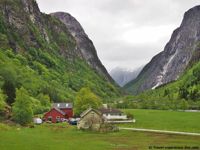 House and mountains in Norway.