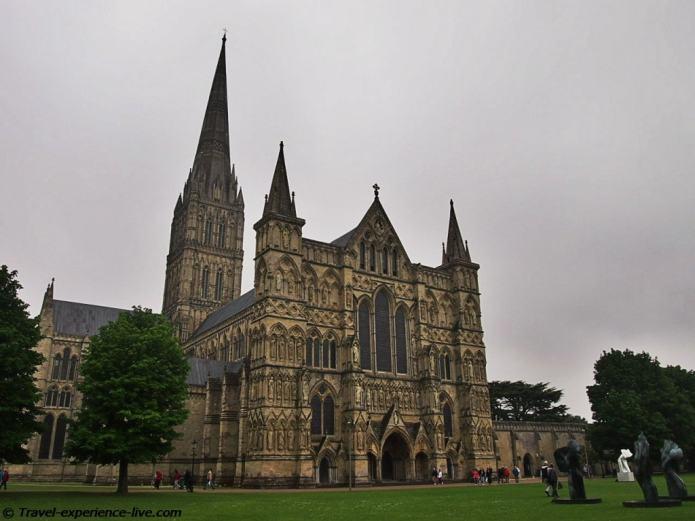 Impressive Salisbury Cathedral.