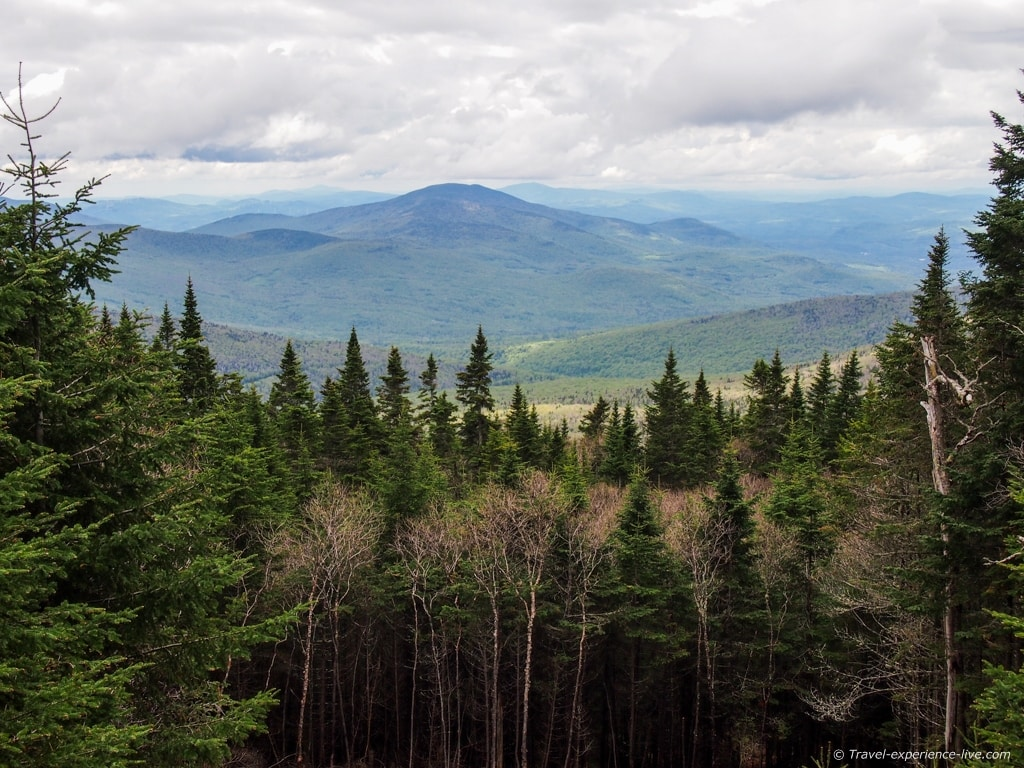 White Mountains seen from Mt Moosilauke, New Hampshire.