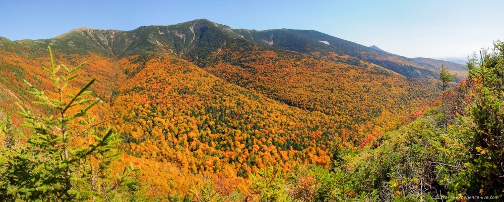 Panoramic view of Walker Ravine in the White Mountains.