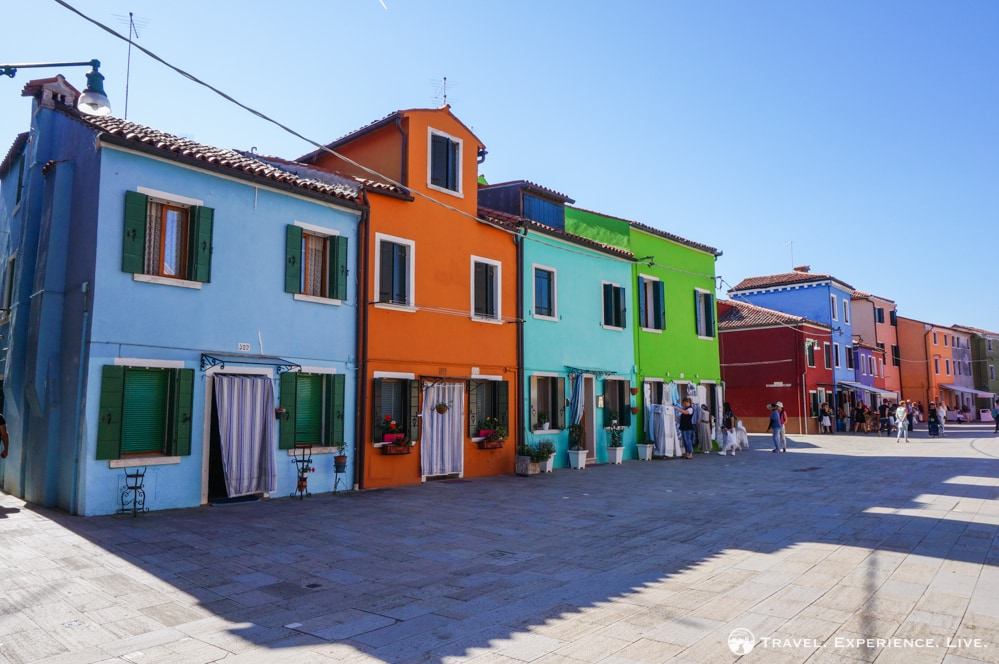 Visit Burano: Brightly colored houses in Burano
